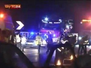Irpinia: pullman cade da viadotto sulla A16 , vedi video.